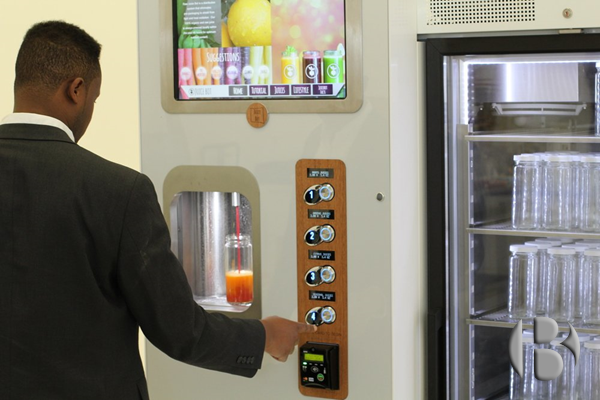 торговый автомат по продаже органического сока