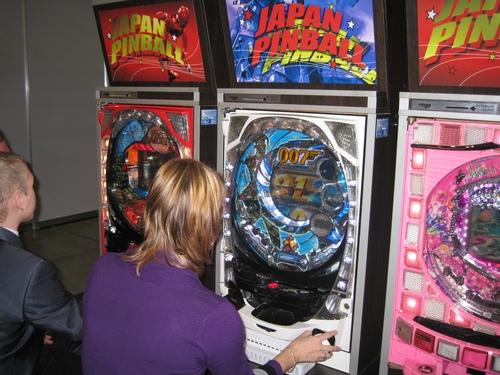 Игровые автоматы в крокусе платье в магазине казино