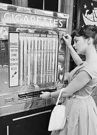 Торговые автоматы по продаже сигарет, 50-70-е годы от 1 августа 2013 г.
